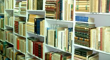 Livros livros, antigos, raros e usados no Porto: o Alfarrabista